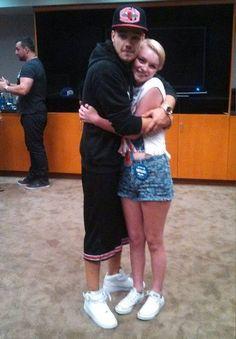 Liam Payne Hugging Fans 1000+ images about Lia...