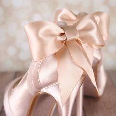 Chaussures de mariage de fard à joues par EllieWrenWeddingShoe