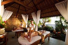 Relax with a traditional Balinese massage in Bali Source: http://baliwellnessguide.com/listings/parwathi-spa-matahari-resort/