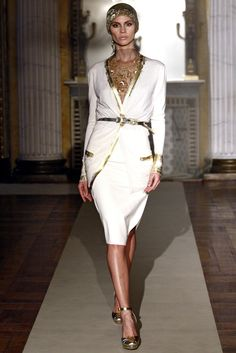 Luisa Beccaria - Fall Winter 2011/2012 Ready-To-Wear - Shows - Vogue.it