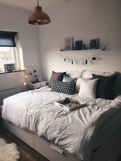 41 check this out cute dorm room ideas that your inspire 12 - Room Ideas - Apartment Decor Bedroom Inspo, Bedroom Decor, Bedroom Ideas, Bedroom Plants, Bedroom Designs, Stylish Bedroom, Bedroom Simple, White Bedroom, Master Bedroom