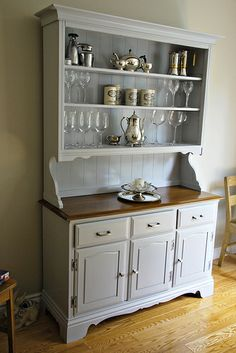 china cabinet makeover.....
