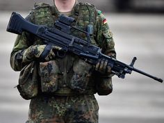 German HK MG5 machine gun in 7.62 NATO. It is going to replace the MG42 derivated MG3 machine guns in German military service.