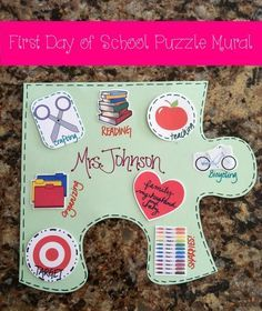 Day of School Puzzle Mural Back To School Craft and Bulletin Board Idea LOVE this idea! Each student makes a puzzle pieceBack To School Craft and Bulletin Board Idea LOVE this idea! Each student makes a puzzle piece First Day Of School Activities, 1st Day Of School, Beginning Of The School Year, School Fun, School Ideas, School Projects, Get To Know You Activities, Team Building Activities, Classroom Activities