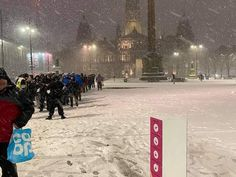 Fury over photo of 200 homeless people queuing for food amid freezing weather in Glasgow Freezing Soup, Food Poverty, Cash First, Food Insecurity, Soup Kitchen, Homeless People, Sky News, Food Bank, A Decade