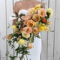 Planning A Fantastic Flower Wedding Bouquet – Bridezilla Flowers Poppy Flower Bouquet, Cascade Bouquet, Flower Bouquet Wedding, Floral Wedding, Flower Bouquets, Bouquet Bride, Orange Wedding Themes, Wedding Flower Inspiration, Wedding Ideas