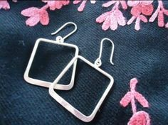 Win a pair of Sterling Silver Earrings from Megha Jewelry {$135 RV} Ends 11/5