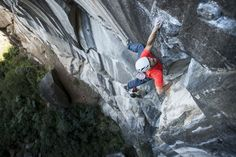 www.boulderingonline.pl Rock climbing and bouldering pictures and news Sticking the hold -