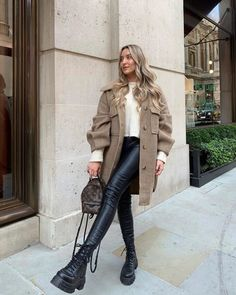 Casual Winter Outfits, Winter Fashion Outfits, Classy Outfits, Stylish Outfits, Spring Outfits, Winter Fashion Women, Cold Spring Outfit, Autumn Winter Fashion, Autumn Look