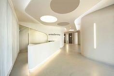 Hi-Macs es una piedra acrílica de nueva generación, creada y fabricada por LG Hausys, que ofrece altas prestaciones en proyectos de arquitectura e interiorismo