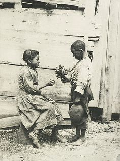 Need a copy!  Clarence Bloomfield Moore, 1895, 'Fleurs d'oranger', Expostition d'Art Photographique, 1895 / USA