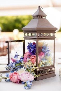 Photography: Novia Distinctive Photography - noviadistinctivephotography.com  Read More: http://www.stylemepretty.com/little-black-book-blog/2014/05/22/romantic-nantucket-inspired-garden-wedding/