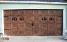 Spring is in the air and it's time to add curb appeal to your home. Take your builder grade garage door and give it a DIY faux wood carriage door makeover.