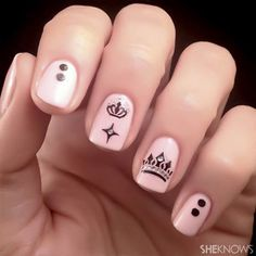 65 examples of nail art design great nails, cool nail art, fancy nail art Fancy Nail Art, Cute Nail Art, Fancy Nails, My Nails, Crown Nail Art, Crown Nails, Great Nails, Simple Nails, Pretty Nail Designs