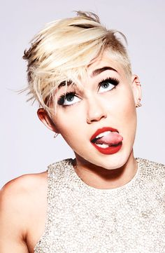 miley - I'm obsessed with her hair!