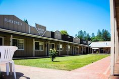 Latest pictures of The Old West Inn, Willits Hotel with theme rooms. Old West, Latest Pics, Blacksmithing, Garage Doors, Old Things, Rooms, Mansions, House Styles, Outdoor Decor