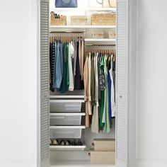 NEW Reach In Closet, Tiny Closet, Small Closets, Closet Space, Open Closets, Dream Closets, Closet Ideas For Small Spaces Bedroom, Small Closet Design, Bedroom Closet Design