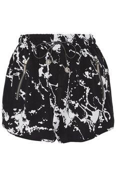 ZIMMERMANN Printed Crepe Shorts. #zimmermann #cloth #shorts