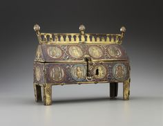 Reliquary Chasse withAngels