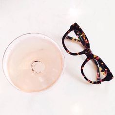 Nothing says Friday like bubbles ✨ #HappyWeekend #TGIF #eyewear #champagne #FriYay #specs #tortoise #baileynelson #MimFrames #regram (Thanks @aliciafashionista for the fab pic!)