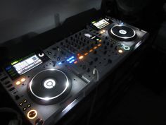 Music Delivery Service for DJs Electro Music, Dj Music, Music Stuff, Home Studio, House Music, Music Is Life, Hey Mr Dj, Dj Dj Dj, Dj Decks