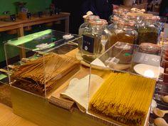 pasta tienda a granel barcelona Granel, una tienda donde las cosas se compran a puñados