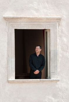 Claudio Santamaria si affaccia alla finestra del primo piano di Casa Menotti Portraits, Home Decor, Home, Decoration Home, Head Shots, Interior Design, Home Interior Design, Portrait Paintings, Portrait Photography