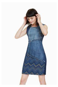 "Desigual Dress ""Elda"" - an extraordinary denim dress in patchwork design with embroidery detail at neckline, sleeveless. Tee Dress, Jeans Dress, Estilo Jeans, Recycled Denim, Patchwork Dress, Denim Outfit, Denim Fashion, Streetwear Fashion, Short Sleeve Dresses"