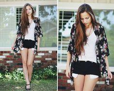 Floral Cardigan Robe, Forever 21 Black Denim Shorts, Forever 21 Mary Jane Heels