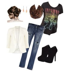 LOVE this! Dressing up a t shirt