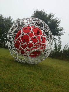 steel sculpture, apple, Jeonyonghwan