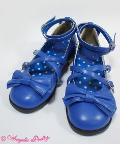 Tea Party Shoes in blue 23.5 - offbrand is fine