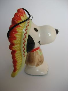 Rare Vintage Snoopy Ornament Figurine Indian Chief, Peanuts Snoopy Collectible