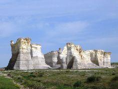 RVing = Monument Rocks Kansas