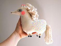 Poney chiffon poupée peinte à la main par JessQuinnSmallArt sur Etsy