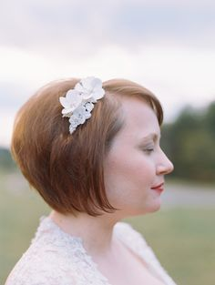 Pretty style for #bride with short #hair   Photography: Abby Jiu  Read more - http://www.stylemepretty.com/2014/01/17/intimate-goodstone-inn-wedding/