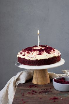 Eggless Red Velvet Cake Easy Recipe - Bake with Shivesh This easy to make eggless red velvet cake is soft and truly velvety. Top it with some cream cheese frosting and it's so delicious. Eggless Desserts, Eggless Recipes, Eggless Baking, Easy Baking Recipes, Easy Cake Recipes, Sweet Recipes, Dessert Recipes, Cooking Recipes, Cooking Ideas