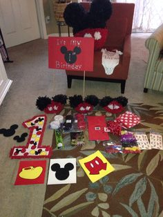 Diy Mickey Mouse birthday party decorations