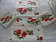 3 Beautiful Vintage Unused Wilendur Strawberry Kitchen Dish Tea Towel Set