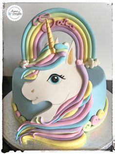 unicorno cake - cake by aroma di vaniglia Beautiful Cakes, Amazing Cakes, Fondant Cakes, Cupcake Cakes, Unicorn Birthday Parties, Birthday Cake, Girl Birthday, Unicorn Foods, Unicorn Cakes