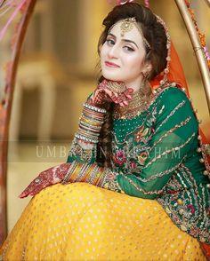 Best inspiration.... Pakistani Fashion Casual, Pakistani Wedding Outfits, Pakistani Bridal Wear, Pakistani Dresses, Indian Bridal, Bridal Mehndi Dresses, Mehndi Outfit, Asian Wedding Dress, Bridal Makeover