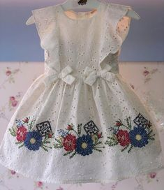 No photo description available. Baby Girl Frocks, Baby Girl Party Dresses, Frocks For Girls, Little Girl Dresses, Baby Dress, Baby Girl Fashion, Kids Fashion, Smocked Baby Clothes, Kids Dress Wear