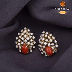 Pearl Necklace Designs, Jewelry Design Earrings, Gold Earrings Designs, Gold Jewellery Design, Bead Jewellery, Diamond Jewellery, Beaded Jewelry, Diamond Earrings Indian, Diamond Jhumkas