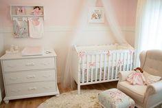 Shabby chic #babygirl nursery via tulipababy.com