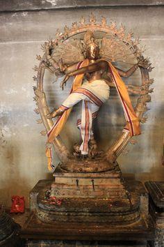 A original murthi of Shiva Nataraja made at Rajarajeswara temple opening at 1010 C.E.
