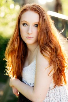 Filtered through trees, semi-tunnel, spotty backlight Renee / Class of 2016 — ARIELLA NOELLE PHOTOGRAPHY