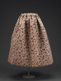 Late 18th century, France - Skirt - Quilted cotton print