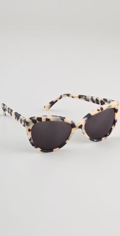 Prism Portofino Sunglasses, to shield the eyes in between photos, wear on the honeymoon, and look like a movie star the whole time through! Ray Ban Sunglasses Outlet, Oakley Sunglasses, Cat Eye Sunglasses, Cool Glasses, Four Eyes, Eyeglasses, Eyewear, Tortoise Cat, Tortoise Shell