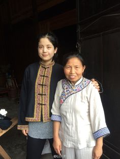 The traditional handmade #clothing of #Tujia minority is very #delicate and #comfortable. Do you want one?