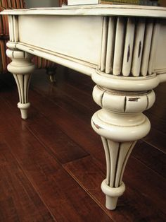 White painted and distressed furniture - European Paint Finishes